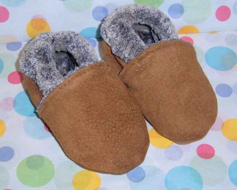 Baby mocassins baby booties warm for winter  image 0