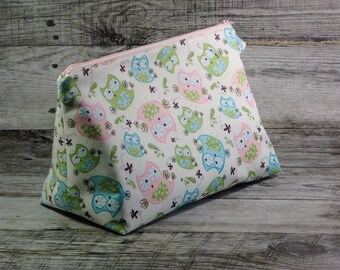 Pastel Owls Project Bag - Cheerful Sock Project Bag - Zippered Project Bag - Crochet Project Bag - Wedge Bag - Owl, Bird, Soft Color