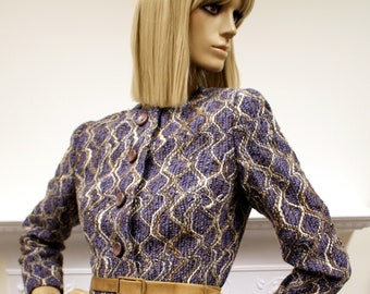 Elegant tailored Hardy Amies of Savile Row 1960s vintage boucle knit jacket with suede belt