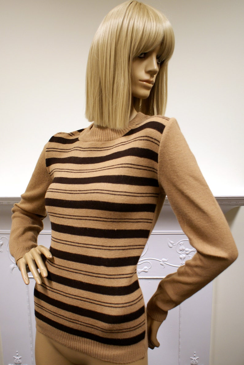Glam brown striped C&A vintage 1970s crew neck acrylic long image 0