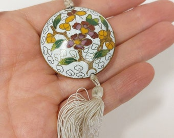 Elegant Art Deco Chinese cloisonné 1920s/1930s vintage cord and tassel necklace