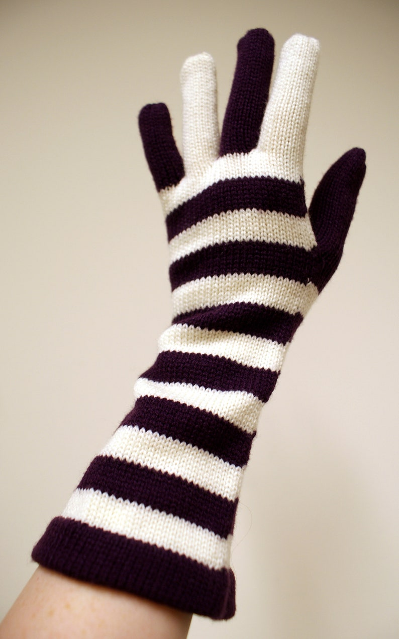 Cosy Glam Rock purple and white striped vintage 1970s knitted image 0