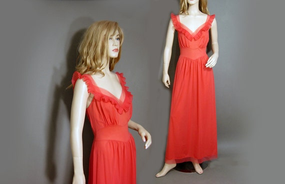 Vintage Vanity Fair Nylon Nightgown Coral Red Chif