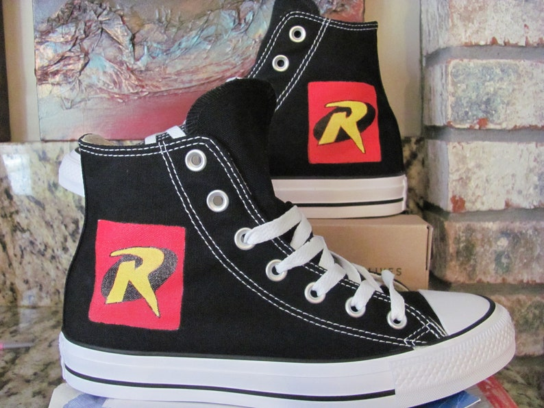 0c7049e66a56 Adult Converse hand painted hi top Robin Shoes
