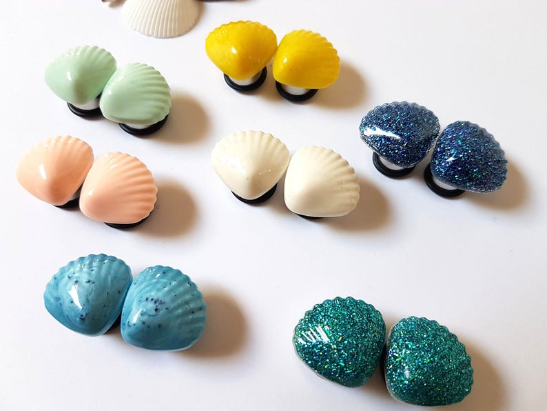916 14mm Cream Seashell Plugs for Stretched Ears-Beach Bridal-Mermaid Bride-Fashion Gauges-Girly Body Jewelry-Wedding Plugs-Gifts for Her