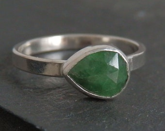 Rose cut emerald ring / May birthstone / emerald engagement ring / natural emerald / emerald jewelry /