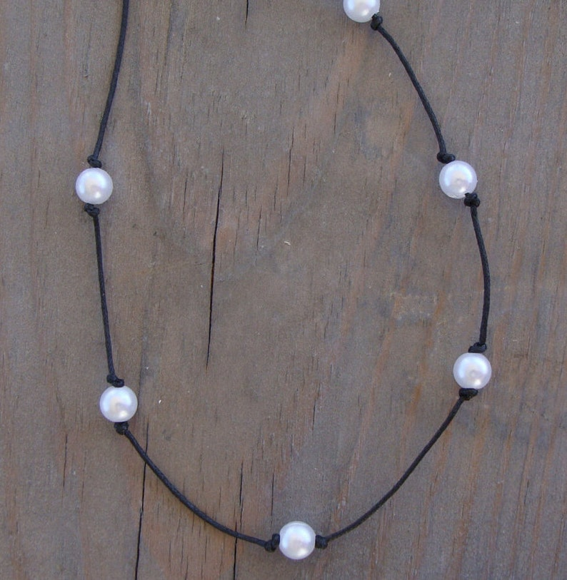 Boho Knotted White Pearl Bead Leather Choker Necklace Bohemian RoundBeaded Hippie Chic Black Cord Tattoo Spaced