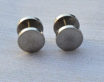Plain Silver Fake Plugs, Earrings, Faux Gauges, Faux Plugs, Rubber Ends, Surgical Steel, Screw Backs