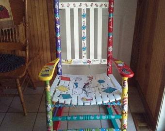 Etonnant Dr Seuss Cat In The Hat Adult Kindergarten Reading Rocking Chair Decoupage