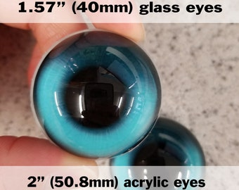 One pair of follow-me 3D glass & acrylic eyes for jewelry, costumes, and more!