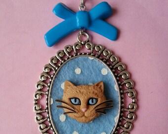 Red Cat Head ♥ ♥ blue polka dot cameo pendant