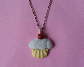 Yellow and green ♥ cupcake pendant ♥