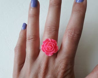 Fuchsia flower ring with glitter
