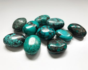 10 Oval Turquoise Tumbled Nuggets - Lovely Color - Curated Batch - Smooth Tumbled Turquoise Beads with Black Matrix