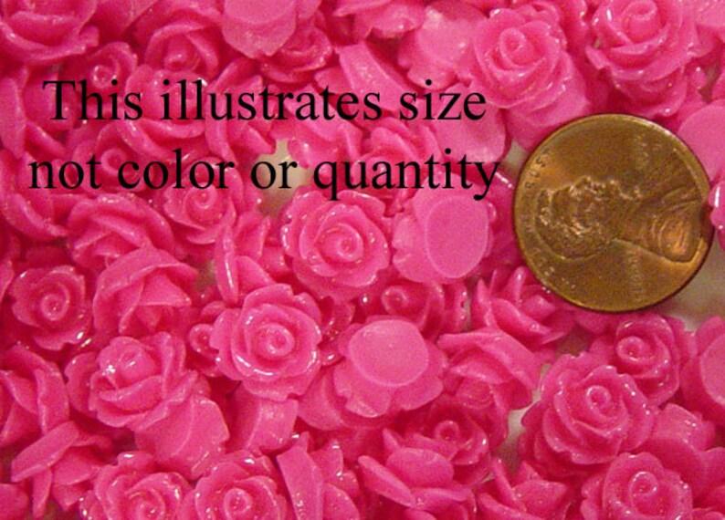 1017cab10m8-14 Cabochon Flower 20ct Resin Round Rose Dark Blue Flower Flatback 10mm