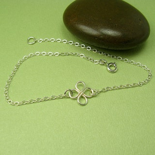 CLOVER SILVER ANKLET, sterling silver four leaf clover anklet, cable chain dainty ankle bracelet
