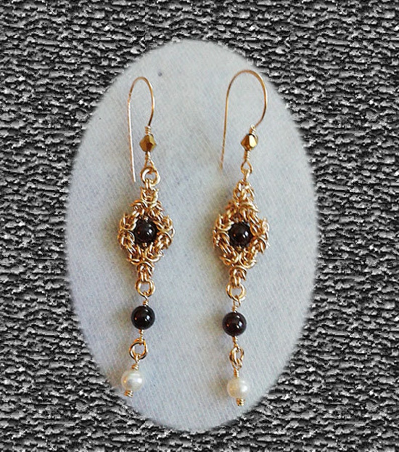 Tudor style Regal Garnet and Freshwater pearls Gold filled dangle earrings
