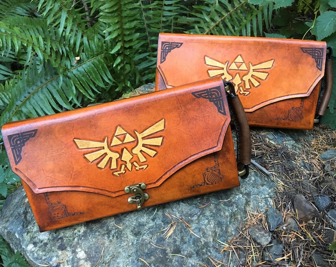Featured listing image: Nintendo Switch Case -  Leather Zelda themed Nintendo Switch carrying case