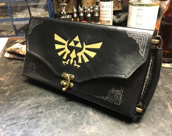 Black Nintendo Switch Case -  Leather Zelda themed Nintendo Switch carrying case