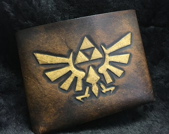 Leather Zelda Triforce Hyrule Wallet - Brown leather gamer wallet