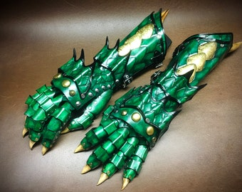 Leather Dragon gauntlets inspired by Skyrim - GOT - LOTR - smaug - Dragons