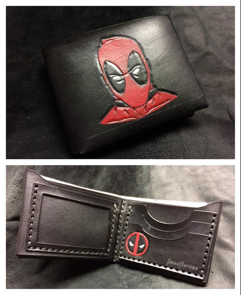 6c5c58bb8 Cartera de cuero negro Deadpool | Etsy