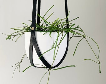 Leather Plant Hanger, Minimalist Hanging Planter, Indoor Plant Accessories, BLACK Planter, Mother's Day Gift