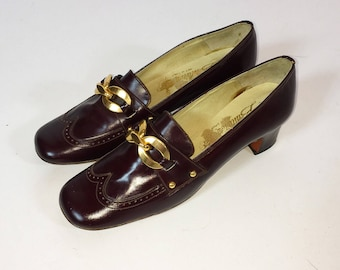 Vintage 60s Spanish Leather Pumps | Oxfords | Cap Toe | Senorita Ballarina | Size 6.5