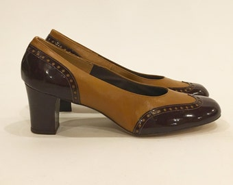 Vintage 70s Patent Spectator Wing Tip Pumps   New Stock   Never Been Worn   Miss Wonderful   Size 10