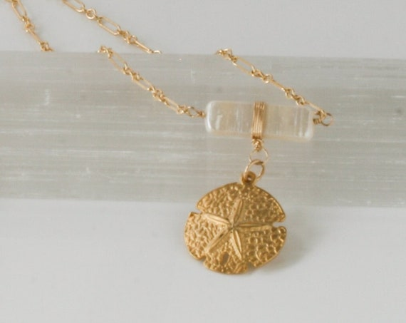 Gold Sand Dollar Pendant Necklace, Pearl Necklace, Gold Medallion Necklace, Sand Dollar Medallion