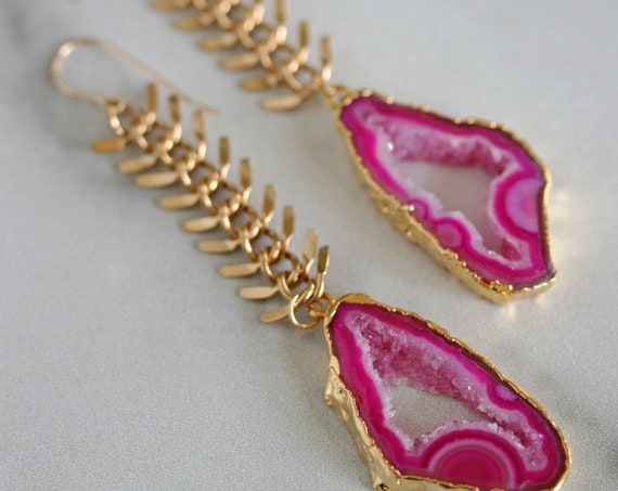 Gold Chunky Chain Earrings with Pink Druzy