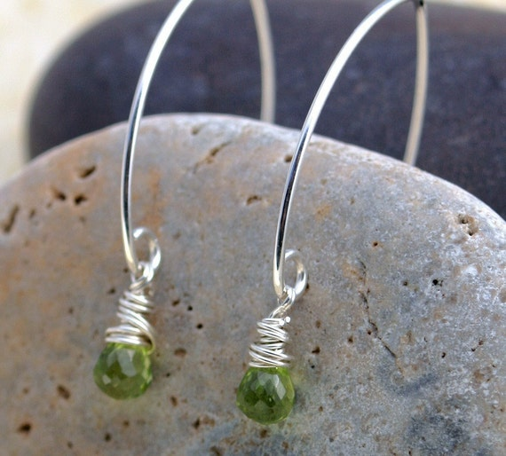 Peridot Earrings - Silver and Green Earrings- Green Stone Earrings - Peridot Briolette Earrings