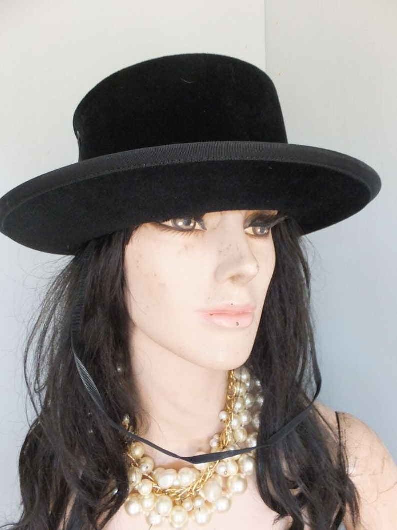 Luxuria Imported Body Made in Italy Black Western Style, Vintage Ladies Hat PATRICE Size 22