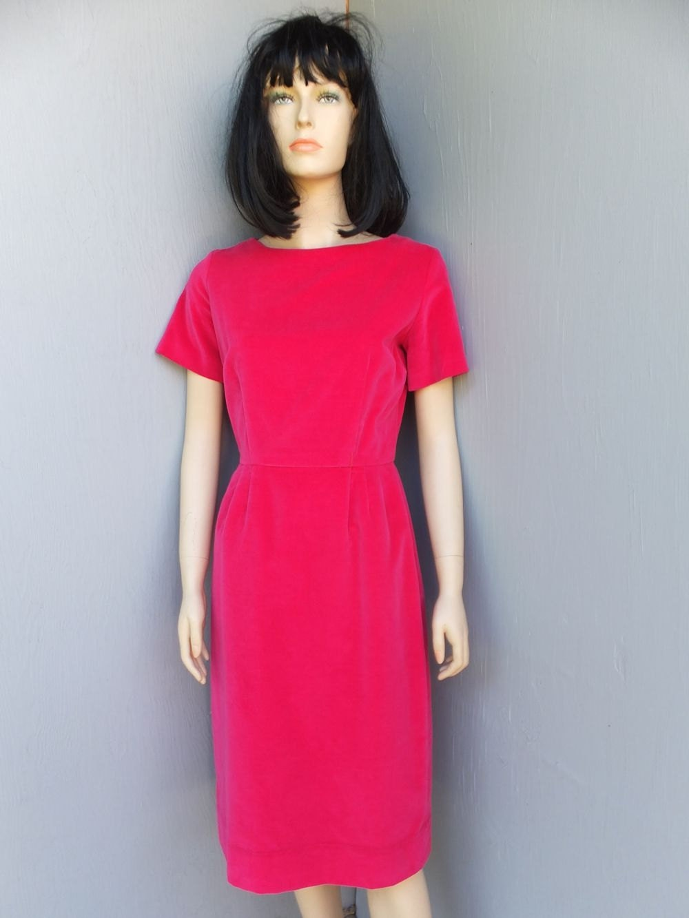 1950s Dress Hourglass Figure Hugging Dress Fuchsia Velour