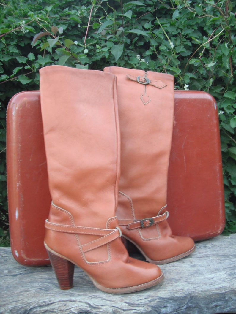 9644bad09bbfe Vintage 1980s Zodiac Knee High Boots / Zodiac Leather Boots size 5.5