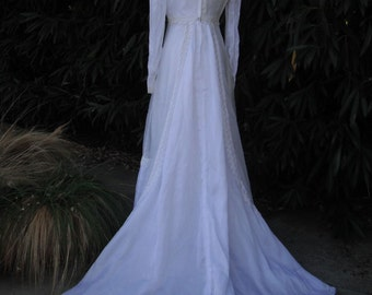 Vintage Wedding Gown, William Cahill, 1970s Wedding or Bridal Gown, White Wedding Dress, Bridal Gowh w/ Long Train and a High Neckline