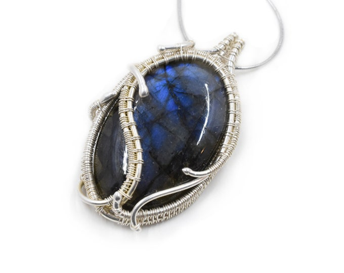 Blue Labradorite and fine silver pendant