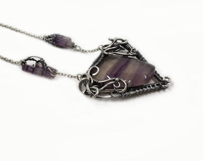Dariyah.  Flourite and fine silver necklace