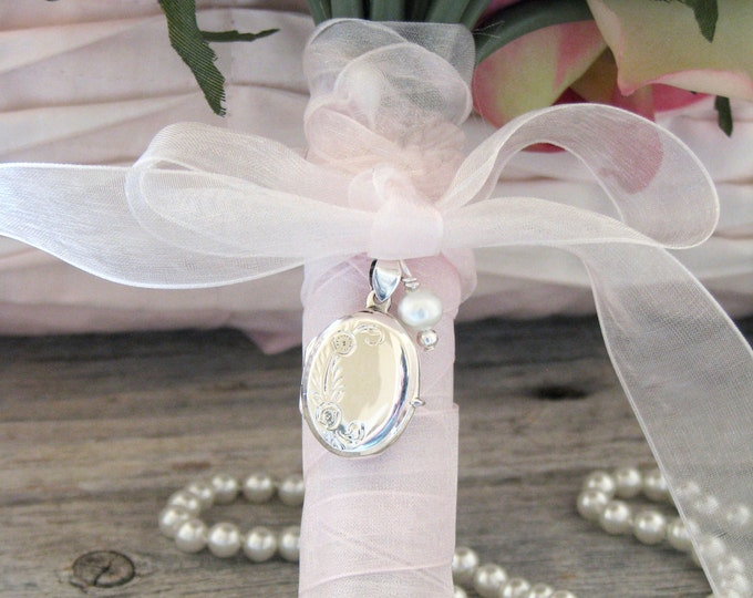 Bridal Keepsake Bouquet Photo Locket