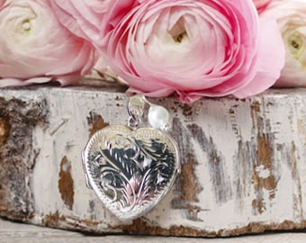 Bouquet Locket, Silver Heart Bouquet Locket, Brides Bouquet Charm, Floral Accent, In Memory Of