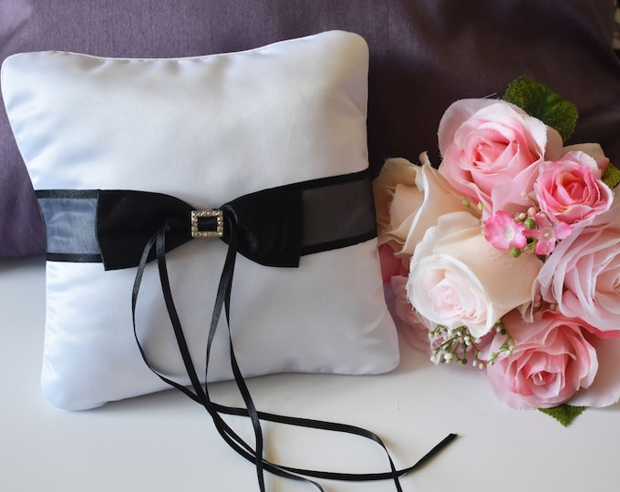 White and Black Ring Pillow,