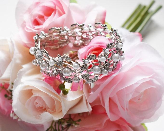 Crystal Pearl Sparkle Bracelet