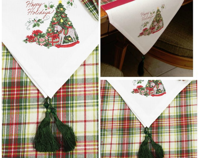 Happy Holidays Table Runner