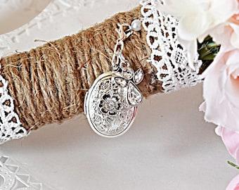 Angel Bouquet Locket | Brides Guardian Angel Locket| Locket for Wedding | Personalized Locket for Bouquet | Gift for Bride