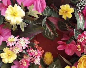 Hibiscus Garden Wreath....Pink Hibiscus....Front Door Wreath....Floral Door Wreath...Summer Wreath......Tropical Wreath