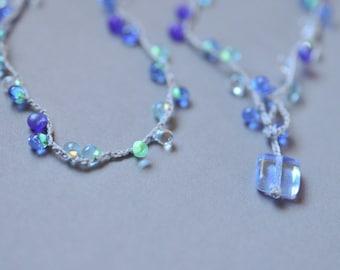 Sparkle Blue Mix Drop Lariat necklace with square bead closure