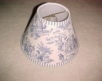 Blue Toile Lampshade  uno bridge   6 x 11 x 7 1/2   this listing is for a shade that screws on the threaded socket  wrong pic