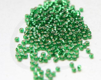 20 Grams Japanese Miyuki 11//0 Seed Beads-Lt.Topaz Transparent Matte 2mm 11-0132F
