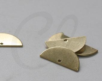 20 Pieces Raw Brass Moon Link - Crescent - Geometry - Half Circle 21x10.5mm (4026C-N-367)