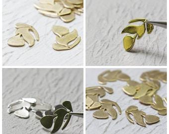 Solid Brass Charm - Leaf 15x21mm (4255C)